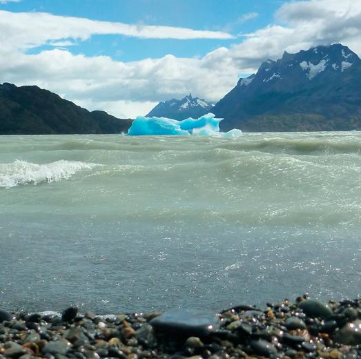 13-hello-patagonia-iceberg-torres-del-paine-national-park-grey-lake